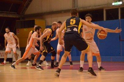 https://www.basketmarche.it/resizer/resize.php?url=https://www.basketmarche.it/immagini_campionati/02-02-2019/1549130343-210-.jpeg&size=408x270c0