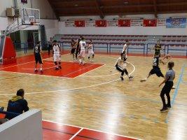 https://www.basketmarche.it/resizer/resize.php?url=https://www.basketmarche.it/immagini_campionati/02-11-2019/1572722685-37-.jpeg&size=267x200c0