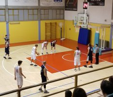 https://www.basketmarche.it/resizer/resize.php?url=https://www.basketmarche.it/immagini_campionati/02-12-2018/1543783890-497-.jpeg&size=234x200c0