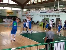 https://www.basketmarche.it/resizer/resize.php?url=https://www.basketmarche.it/immagini_campionati/03-07-2021/1625333037-203-.jpg&size=267x200c0