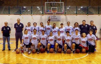 https://www.basketmarche.it/resizer/resize.php?url=https://www.basketmarche.it/immagini_campionati/04-11-2018/1541329773-418-.jpg&size=426x270c0