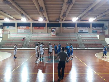 https://www.basketmarche.it/resizer/resize.php?url=https://www.basketmarche.it/immagini_campionati/04-12-2018/1543926475-406-.jpg&size=360x270c0