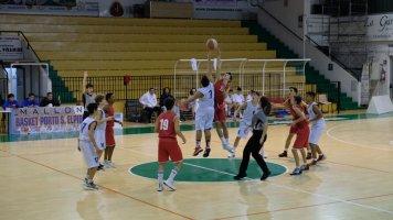 https://www.basketmarche.it/resizer/resize.php?url=https://www.basketmarche.it/immagini_campionati/04-12-2019/1575499913-142-.jpg&size=356x200c0