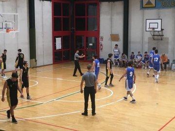 https://www.basketmarche.it/resizer/resize.php?url=https://www.basketmarche.it/immagini_campionati/06-01-2019/1546767931-156-.jpeg&size=360x270c0