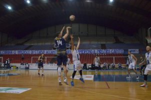 https://www.basketmarche.it/resizer/resize.php?url=https://www.basketmarche.it/immagini_campionati/07-03-2020/1583615753-128-.jpg&size=302x200c0