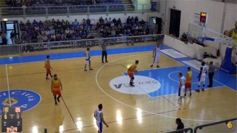 https://www.basketmarche.it/resizer/resize.php?url=https://www.basketmarche.it/immagini_campionati/07-10-2018/1538944101-280-.jpg&size=480x270c0