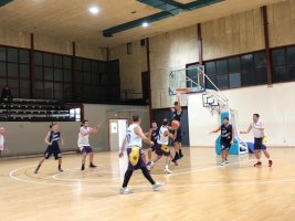 https://www.basketmarche.it/resizer/resize.php?url=https://www.basketmarche.it/immagini_campionati/07-11-2019/1573104670-477-.jpeg&size=267x200c0