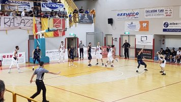 https://www.basketmarche.it/resizer/resize.php?url=https://www.basketmarche.it/immagini_campionati/09-02-2020/1581269659-6-.jpg&size=356x200c0