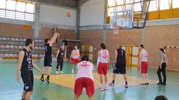 https://www.basketmarche.it/resizer/resize.php?url=https://www.basketmarche.it/immagini_campionati/09-05-2021/1620588418-426-.jpg&size=356x200c0