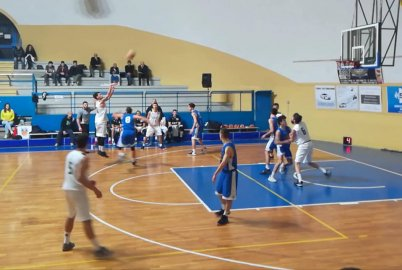 https://www.basketmarche.it/resizer/resize.php?url=https://www.basketmarche.it/immagini_campionati/09-12-2018/1544346728-239-.jpg&size=402x270c0