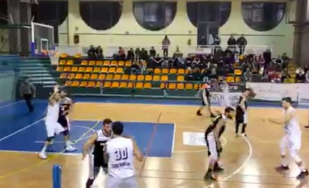 https://www.basketmarche.it/resizer/resize.php?url=https://www.basketmarche.it/immagini_campionati/09-12-2018/1544380576-60-.png&size=443x270c0