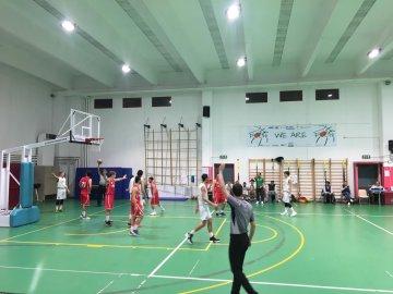 https://www.basketmarche.it/resizer/resize.php?url=https://www.basketmarche.it/immagini_campionati/10-11-2018/1541805844-460-.jpeg&size=360x270c0