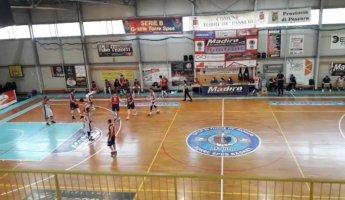 https://www.basketmarche.it/resizer/resize.php?url=https://www.basketmarche.it/immagini_campionati/11-04-2021/1618164172-157-.jpeg&size=345x200c0