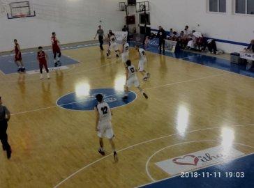 https://www.basketmarche.it/resizer/resize.php?url=https://www.basketmarche.it/immagini_campionati/11-11-2018/1541969973-49-.jpg&size=364x270c0
