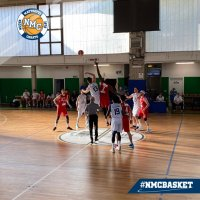 https://www.basketmarche.it/resizer/resize.php?url=https://www.basketmarche.it/immagini_campionati/12-05-2021/1620847649-56-.jpg&size=200x200c0