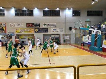 https://www.basketmarche.it/resizer/resize.php?url=https://www.basketmarche.it/immagini_campionati/13-01-2019/1547405210-135-.jpeg&size=360x270c0