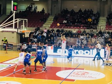 https://www.basketmarche.it/resizer/resize.php?url=https://www.basketmarche.it/immagini_campionati/13-02-2019/1550093436-267-.jpeg&size=360x270c0