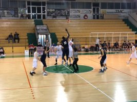 https://www.basketmarche.it/resizer/resize.php?url=https://www.basketmarche.it/immagini_campionati/15-02-2019/1550268869-107-.jpg&size=267x200c0