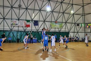 https://www.basketmarche.it/resizer/resize.php?url=https://www.basketmarche.it/immagini_campionati/16-01-2019/1547673987-222-.jpg&size=300x200c0