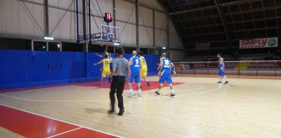 https://www.basketmarche.it/resizer/resize.php?url=https://www.basketmarche.it/immagini_campionati/16-11-2018/1542404828-261-.jpeg&size=548x270c0