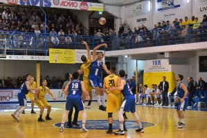 https://www.basketmarche.it/resizer/resize.php?url=https://www.basketmarche.it/immagini_campionati/17-11-2019/1574016894-12-.jpg&size=299x200c0