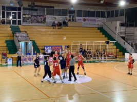 https://www.basketmarche.it/resizer/resize.php?url=https://www.basketmarche.it/immagini_campionati/18-01-2020/1579302114-420-.jpg&size=267x200c0
