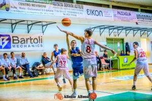 https://www.basketmarche.it/resizer/resize.php?url=https://www.basketmarche.it/immagini_campionati/18-12-2019/1576650012-92-.jpeg&size=300x200c0