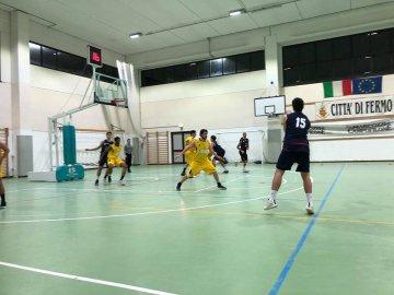 https://www.basketmarche.it/resizer/resize.php?url=https://www.basketmarche.it/immagini_campionati/19-01-2019/1547938024-54-.jpg&size=360x270c0