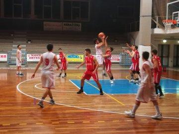 https://www.basketmarche.it/resizer/resize.php?url=https://www.basketmarche.it/immagini_campionati/20-01-2019/1547981521-57-.jpeg&size=360x270c0