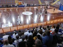 https://www.basketmarche.it/resizer/resize.php?url=https://www.basketmarche.it/immagini_campionati/20-10-2018/1540064962-380-.jpeg&size=267x200c0