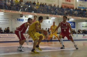 https://www.basketmarche.it/resizer/resize.php?url=https://www.basketmarche.it/immagini_campionati/20-10-2019/1571593712-85-.jpeg&size=302x200c0