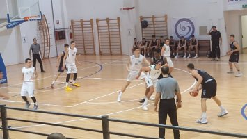 https://www.basketmarche.it/resizer/resize.php?url=https://www.basketmarche.it/immagini_campionati/21-01-2019/1548106351-411-.jpg&size=355x200c0
