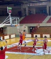 https://www.basketmarche.it/resizer/resize.php?url=https://www.basketmarche.it/immagini_campionati/21-04-2021/1619035397-130-.jpg&size=174x200c0