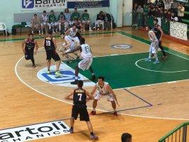 https://www.basketmarche.it/resizer/resize.php?url=https://www.basketmarche.it/immagini_campionati/21-10-2018/1540144296-421-.jpeg&size=267x200c0