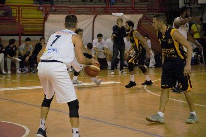 https://www.basketmarche.it/resizer/resize.php?url=https://www.basketmarche.it/immagini_campionati/21-10-2018/1540145056-195-.jpeg&size=405x270c0