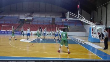 https://www.basketmarche.it/resizer/resize.php?url=https://www.basketmarche.it/immagini_campionati/22-10-2018/1540184405-36-.jpg&size=356x200c0