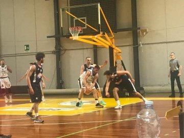 https://www.basketmarche.it/resizer/resize.php?url=https://www.basketmarche.it/immagini_campionati/22-10-2018/1540240623-431-.jpeg&size=360x270c0
