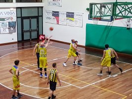 https://www.basketmarche.it/resizer/resize.php?url=https://www.basketmarche.it/immagini_campionati/23-02-2020/1582446833-455-.jpg&size=267x200c0