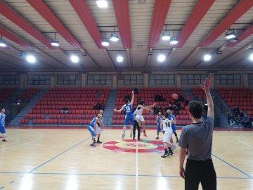 https://www.basketmarche.it/resizer/resize.php?url=https://www.basketmarche.it/immagini_campionati/23-12-2018/1545557597-197-.jpeg&size=360x270c0