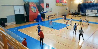 https://www.basketmarche.it/resizer/resize.php?url=https://www.basketmarche.it/immagini_campionati/24-04-2021/1619287627-9-.jpeg&size=400x200c0