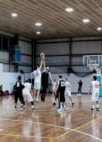https://www.basketmarche.it/resizer/resize.php?url=https://www.basketmarche.it/immagini_campionati/24-11-2019/1574589365-276-.jpeg&size=144x200c0