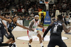 https://www.basketmarche.it/resizer/resize.php?url=https://www.basketmarche.it/immagini_campionati/25-09-2019/1569443743-354-.jpg&size=300x200c0