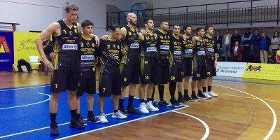 https://www.basketmarche.it/resizer/resize.php?url=https://www.basketmarche.it/immagini_campionati/25-10-2018/1540500166-83-.jpg&size=540x270c0