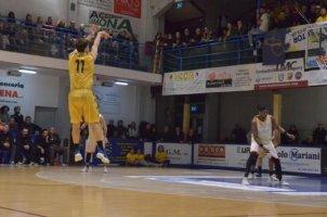 https://www.basketmarche.it/resizer/resize.php?url=https://www.basketmarche.it/immagini_campionati/26-01-2020/1580064556-418-.jpg&size=302x200c0