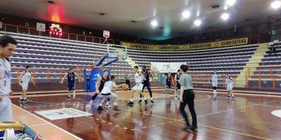 https://www.basketmarche.it/resizer/resize.php?url=https://www.basketmarche.it/immagini_campionati/26-02-2019/1551211403-191-.jpeg&size=400x200c0