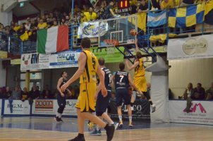 https://www.basketmarche.it/resizer/resize.php?url=https://www.basketmarche.it/immagini_campionati/26-05-2019/1558888213-444-.jpeg&size=302x200c0