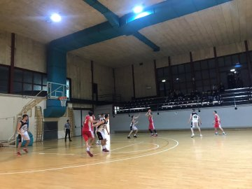 https://www.basketmarche.it/resizer/resize.php?url=https://www.basketmarche.it/immagini_campionati/27-01-2019/1548577465-301-.jpeg&size=360x270c0