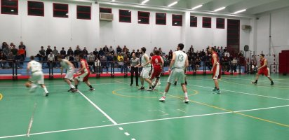 https://www.basketmarche.it/resizer/resize.php?url=https://www.basketmarche.it/immagini_campionati/27-04-2019/1556316822-56-.jpeg&size=412x200c0