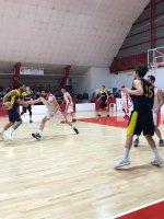 https://www.basketmarche.it/resizer/resize.php?url=https://www.basketmarche.it/immagini_campionati/28-04-2019/1556437878-23-.jpeg&size=150x200c0