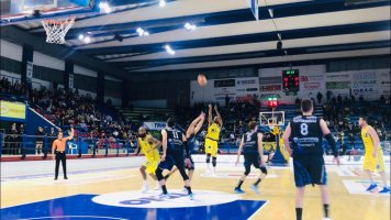 https://www.basketmarche.it/resizer/resize.php?url=https://www.basketmarche.it/immagini_campionati/28-04-2019/1556477352-140-.jpeg&size=356x200c0